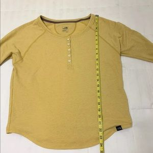 8dcc9ff4c North face Women's Yellow Henley Long Sleeve Small
